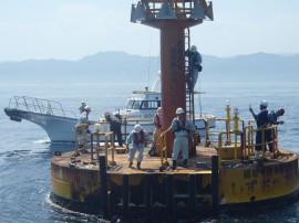 海洋観測ブイ調査